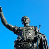 Julio-Cesar-lloro-ante-la-estatua-de-Alejandro-Magno
