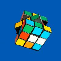 Quien-invento-el-cubo-de-Rubik